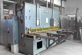 MENGELE Schlagschere - 16 mm Blechstärke, 3100 mm Schnittlänge