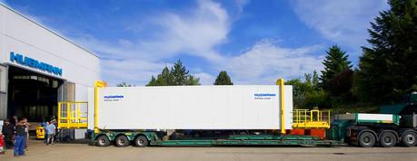 Stahl-Container, 23 m lang, isoliert, mit Stahl-Podesten für einen 400-Tonnen-Kran in Dortmund, Nordrhein-Westfalen, ähnliche Ausführungen gingen an den Hamburger Hafen.