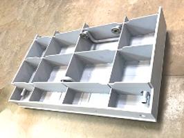 Kraftwerkskomponente gefertigt aus Spezialstahl, wassergekühlt, Druckprobe, plan-gerichtet auf Presse.