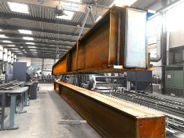 Bis zu 13 m lange Hohlkästen aus verstärkten Breitflanschträgern HEM800